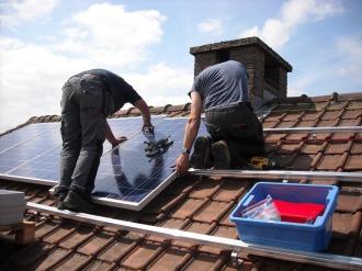 solar-panels-943999_1280 (1)